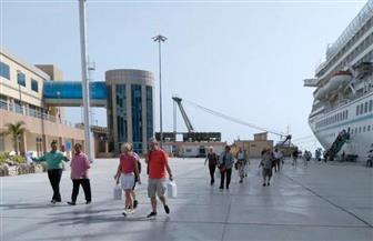 ميناء الغردقة يستقبل 1105 سائحين