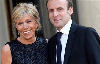 """برلسكوني يصف زوجة الرئيس الفرنسي ماكرون"""" بالأم الجميلة"""""""