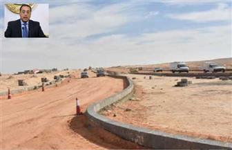 """مدبولى: جارى الانتهاء من المرحلة الأولى من طريق الهضبة بمدينة ناصر """"غرب أسيوط"""""""