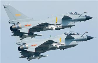 مقاتلتان صينيتان تعترضان طائرة عسكرية أمريكية فوق بحر الصين الشرقي