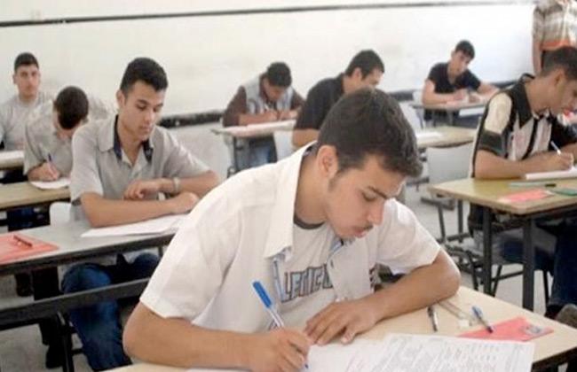 التعليم : امتحانات الصف الأول الثانوي تدريبية وليس تجريبية -