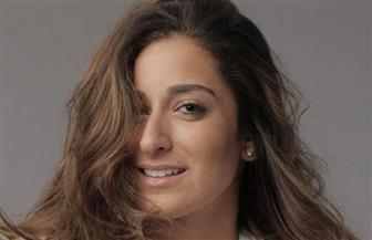 """أمينة خليل تنضم لـ""""بدلة"""" تامر حسني"""