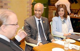 وزيرة الهجرة تلتقي نظيرها الكندي لبحث سبل التعاون بين البلدين