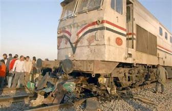 نقل أحد مصابي حادث قطار (ميت غمر- بنها) للجنة الامتحان بعد استقرار حالته