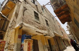"""إخلاء 3 منازل خطرة بعزبة """"العرب"""" فى حى غرب مدينة نصر"""
