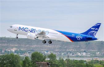أول طائرة ركاب تصنعها روسيا منذ انهيار الاتحاد السوفيتي تكمل أولى رحلاتها