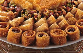 الحلويات في رمضان.. تعرف على المحظور والمرغوب في تناولها