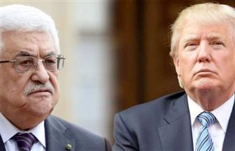 التليجراف: محمود عباس يخطب ود ترامب في أول لقاء بينهما ويلعب على غروره الشخصي