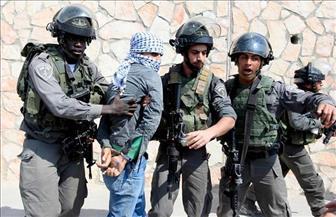 جيش الاحتلال الإسرائيلي يعتقل 5 مطلوبين فلسطينيين في الضفة الغربية