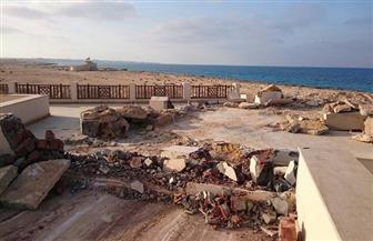 إزالة 22 تعديًا على شواطئ البحرين الأحمر والمتوسط.. والمتعدون بمطروح يزيلون مخالفاتهم على نفقتهم | صور