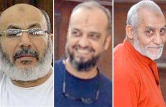 """إلغاء الأحكام الصادرة على بديع والبلتاجى وصفوت و47 آخرين بـ""""اقتحام قسم العرب ببورسعيد"""" وإعادة محاكمتهم"""