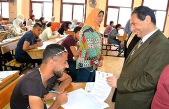 رئيس جامعة بورسعيد يتفقد امتحانات الفصل الدراسي الثاني |صور