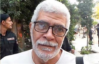 """ترحيل الفنان طارق النهري للنيابة لاتخاذ إجراءات إعادة المحاكمة بقضية """"مجلس الوزراء"""""""