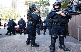 ترامب يوقع أمرا تنفيذيا يسمح للشرطة بالحصول على معدات عسكرية إضافية