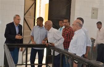 محافظ قنا يطالب بتكثيف العمالة في مشروع الصرف الصحي بمركز دشنا |صور