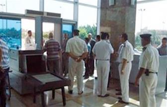 إلغاء سفر راكب للإمارات لاعتراضه على إجراءات التفتيش