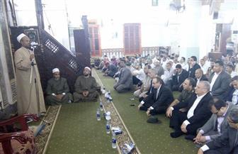محافظ بني سويف يكرم 60 من حفظة القرآن الكريم والدعاة في ليلة القدر |صور