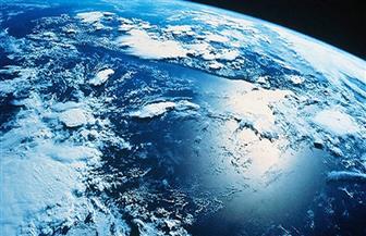 """للمرة الأولى.. """"دودة صغيرة"""" تعود من رحلة لمحطة الفضاء الدولية """"ISS"""" برأسين"""
