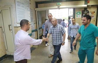 محافظ المنوفية يكافئ رئيس مدينة الباجور وعمال النظافة ويحيل مسئولين وأطباء وموظفين للتحقيق | صور
