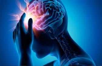 دراسة تحذر: كورونا قد يتسلل إلى الدماغ ويأكل أنسجته