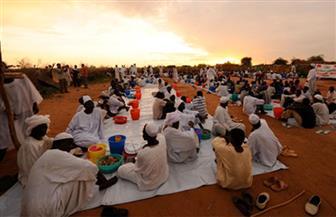 تعرف على حيلة السودانيين لإفطار صائم بالإكراه في رمضان   صور
