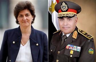 وزيرا الدفاع المصري والفرنسي يتفقان علي فتح آفاق جديدة للتعاون العسكري لمواجهة الإرهاب