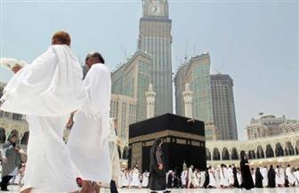 """50 """"مطوفة"""" سعودية يرافقن كبيرات السن من المعتمرات لإرشادهن وضمان سلامتهن"""