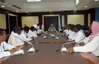 محافظ البحر الأحمر يلتقي مشايخ وأعضاء البرلمان وشباب حلايب وشلاتين بالغردقة | صور