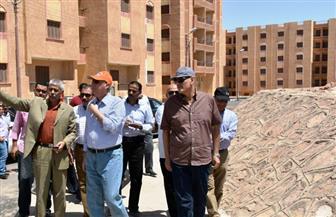 محافظ أسوان يتفقد إسكان الأوقاف الذي يضم 4920 وحدة سكنية