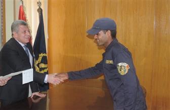 مساعد وزير الداخلية يكرم رجال الشرطة المتميزين وعددا من شيوخ قبائل شمال سيناء