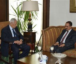 وزير الإعلام اليمني: أثمن موقف مصر تجاه اليمن.. ومكرم: علاقتنا بصنعاء تاريخية