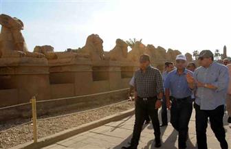 وزير الآثار يتفقد منطقة وادي الملوك بالأقصر للوقوف على آخر تطورات العمل بمشروع الإنارة| صور