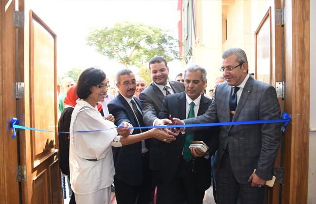 جامعة القاهرة تفتتح توسعات وأعمال تطوير وتحديث كلية التجارة  صور -