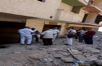 إزالة عقار مائل من 9 طوابق بشرق الإسكندرية   صور