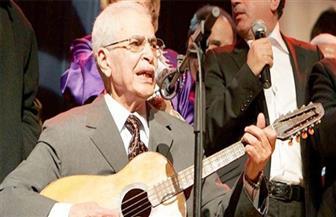 وفاة المغني الجزائري بلاوي الهواري عن 91 عامًا