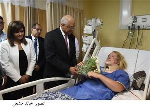 رئيس البرلمان يزور مصابي حادث الغردقة الإرهابي بمعهد ناصر