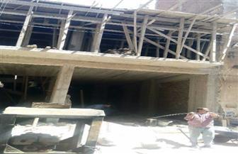 إزالة عقارين مخالفين بحي المنتزه في الإسكندرية