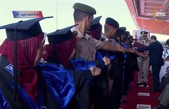 المصحف الشريف هدية خريجي الكليات العسكرية للرئيس السيسي