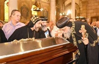 البابا تواضروس ناعيًا الأنبا ساويرس: نودعه أبًا للرهبنة ويذكرنا أن الموت ليس مجرد لحظة
