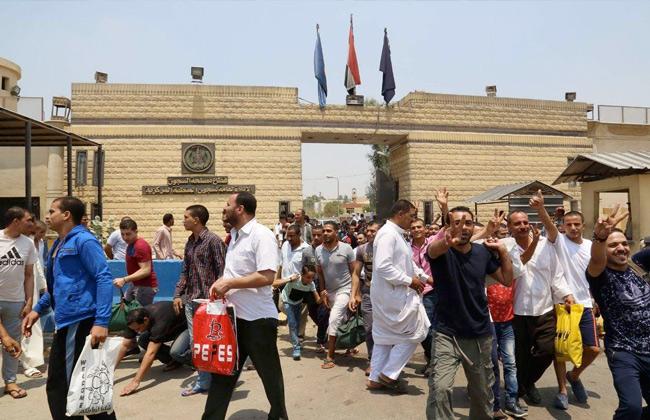 بمناسبة الاحتفال بذكرى 6 أكتوبر.. العفو عن 632  نزيلاً بالسجون والإفراج الشرطي عن 85 سجيناً -