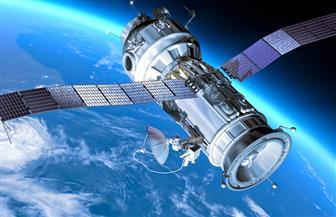 ناسا وروسيا تتعاونان لإطلاق قمر اصطناعي بيولوجي