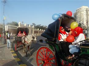 احتفالات الاسكندرية بعيدها القومي تنطلق بموكب من المنتزه|صور