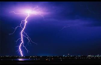 هبوب عاصفة رعدية مع بدء احتفالات العام الجديد في أستراليا