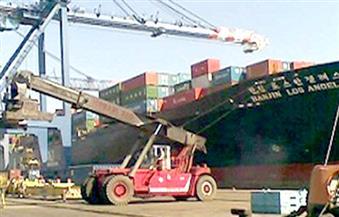 موانئ بورسعيد تستقبل 25 سفينة حاويات وبضائع عامة
