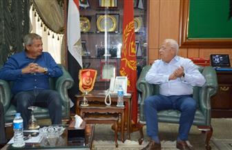وزير الرياضة يلتقي محافظ بورسعيد قبل زيارة القرية الأوليمبية