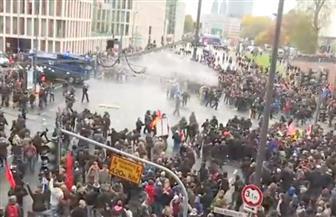 الشرطة الألمانية تستخدم مدافع الماء لتفريق متظاهرين قبيل قمة مجموعة العشرين