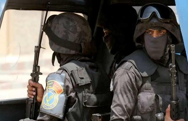 غلق مداخل ومخارج الخانكة والجبل الأصفر لضبط ملثمين اثنين استهدفا ضابطًا بالأمن الوطني