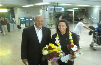 السباحة المصرية فريدة عثمان تعود للقاهرة بعد تتويجها ببرونزية العالم