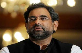 رئيس وزراء باكستان الجديد يتعهد بالسير على خطى  شريف وينتقد قرار المحكمة العليا بعزله