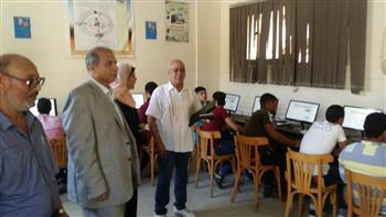150 طالبًا يؤدون الاختبار الإلكتروني لمدرسة الضبعة النووية